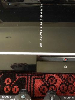 PlayStation 3 Fat Console w 2 Wireless Controllers, Cords & Games for Sale in Agoura Hills,  CA