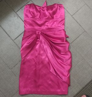 WINDSOR FUCHSIA FORMAL PROM DRESS / EVENING GOWN 🔶SPECIAL OCCASION 🔶 FORMAL WEAR 🔶 SIZE 3 🔶 HOT PINK for Sale in Fort Worth, TX