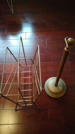 Steel Magazine rack and steel toilet holder for Sale in Columbus, OH