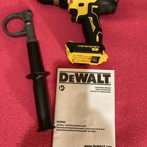 "DeWalt . 20V MAX FLEXVOLT 3-Speed 1/2"" Brushless Hammer Drill driver(Tool Only). DCD999B. for Sale in Brooklyn, NY"