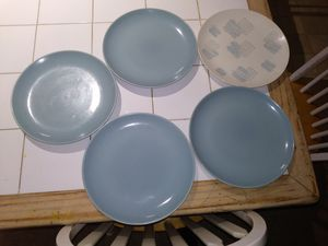Plates bowls and coffee mugs for Sale in Bloomington, IL