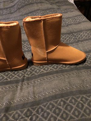 Uggs for Sale in Mount Oliver, PA