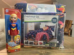 YourZone Supergirl Comforter Set, Twin for Sale in Houston, TX