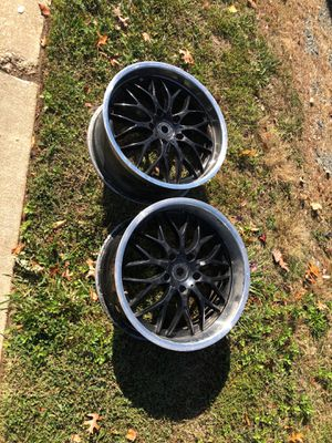 18 inch rims 5 lug for Sale in Rockville, MD