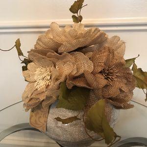 "NEW with $19.99 Kirkland Tag - Burlap Flower Arrangement in Ceramic Pot 10""T for Sale in Lexington, KY"