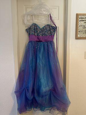 PLUS SIZE David's Bridal Prom dress for Sale in El Paso, TX