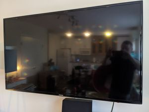 55 inch 2014 Samsung Smart TV for Sale in Littleton, MA