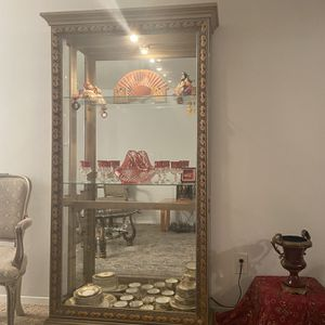 Antique 3 Shelf China Cabinet with Mirror for Sale in Woodhaven, MI