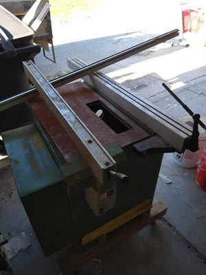 Tiltin table saw, all parts and working perfect for Sale in Chicago, IL