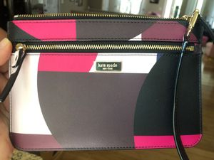 Band new Kate spade wristlet for Sale in St. Louis, MO