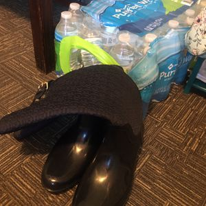 Tommy Hilfiger Boots/ Rain boots With Throw-over for Sale in Raleigh, NC