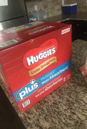 Huggies 174 count Size 2 for Sale in Lithonia, GA