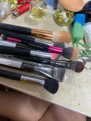Makeup brushes for Sale in Bloomington, CA