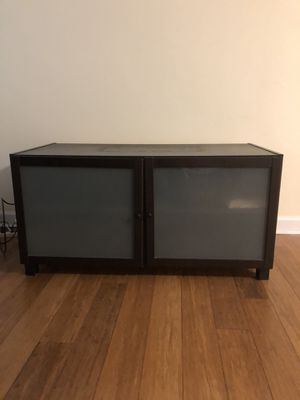 Free TV Stand for Sale in Lisle, IL
