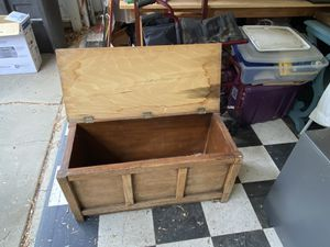 Wooden box for Sale in Riverside, CA