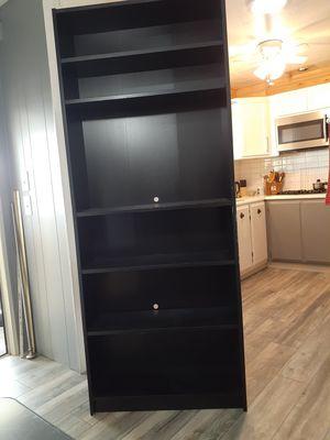 Tall bookshelf. for Sale in Vista, CA