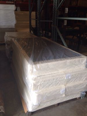 King size box Spring/Foundation NEW for Sale in Austin, TX