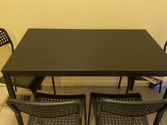Dining table for Sale in White Lake charter Township,  MI