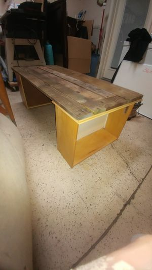 Solid wood coffee table or bench for Sale in Bartow, FL
