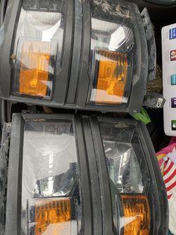 Chevy Silverado Head Light for Sale in San Antonio,  TX