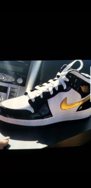 Jordan 1 size 7 youth brand new in box dead stock for Sale in Pasadena, CA