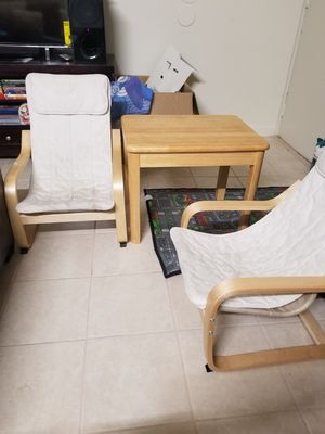 Kids table and chairs for Sale in Pomona, CA