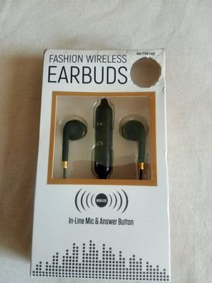 EARBUDS WIRELESS BLUETOOTH WITH MIC for Sale in Escondido, CA