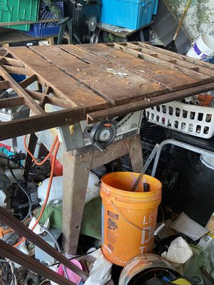 Full size metal table saw for Sale in Altamonte Springs, FL