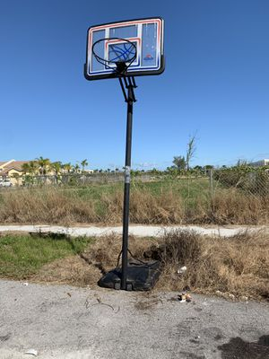 Long basketball hoop for Sale in Miami, FL