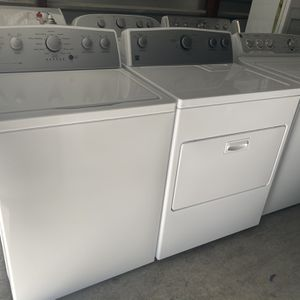 Beautiful Kenmore Washer And Electric Dryer for Sale in North Las Vegas, NV