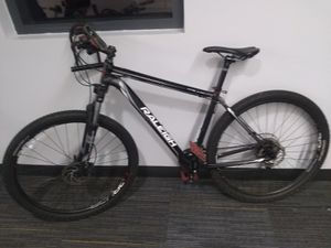 Raliegh Tatlus 4 Aluminium Frame Mountain Bike for Sale in Minneapolis, MN
