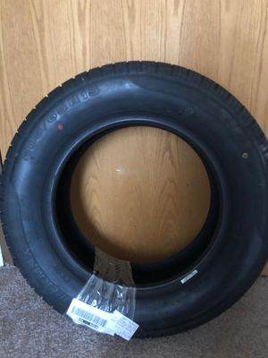 3 Tires 205/65R15 for Sale in Crystal Lake, IL