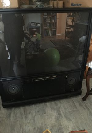 Big tv with amazing speakers still works for Sale in Panama City, FL