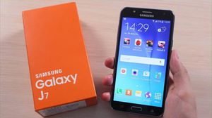 Samsung Galaxy J7, Factory Unlocked, Excellent Condition..As like New. for Sale in Fort Belvoir, VA