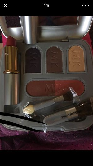 Mary Kay makeup pallet for Sale in Colton, CA