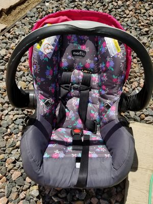 Infant car seat for Sale in Delta, CO