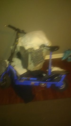 Schwinn electric scooter s400 for Sale in Bonaire, GA
