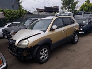 2005 Hyundai Tucson for parts only for Sale in El Cajon, CA