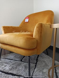 NEW, GOLD Accent Chair, SKU# TCA3000235 for Sale in Westminster,  CA