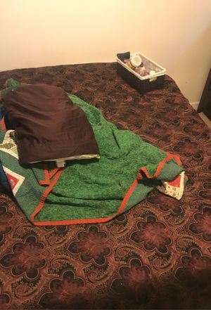 Temprapitic queen sized bed for Sale in Nevada, IA