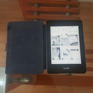 Kindle Paperwhite for Sale in Lauderhill, FL