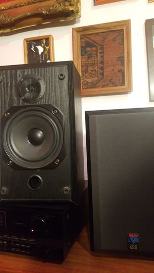 Bowers & Wilkins V201 Bookshelf Speakers for Sale in Portland, OR