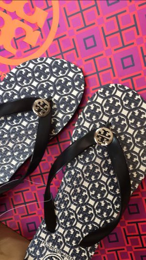 NEW Tory Burch Size 8 Black $48 for Sale in Phoenix, AZ