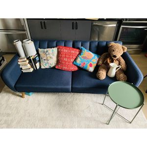 Navy blue futon sofa bed full size - Can deliver for Sale in Alexandria, VA