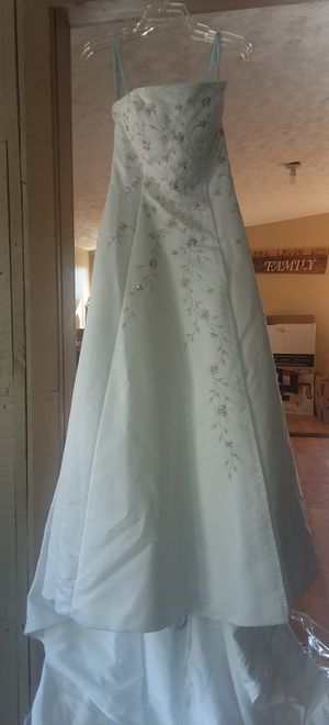 Strapless Wedding Dress for Sale in Fountain Run, KY