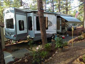 2017 Highland Ridge Open Range 349RLS 3X 5th Wheel for Sale in Eagar, AZ
