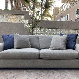 "Room & Board Metro 88"" Two-cushion sofa in Tatum Grey for Sale in Manhattan Beach, CA"
