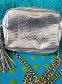 Victoria secret shoulder bag for Sale in Portland,  OR
