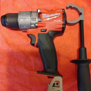 NEW MILWAUKEE M18 FULE HAMMER DRILL for Sale in Fort Worth, TX