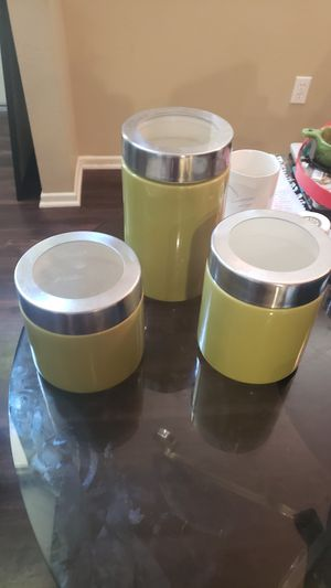 Kitchen storage containers: Set of 3 for Sale in Ontario, CA